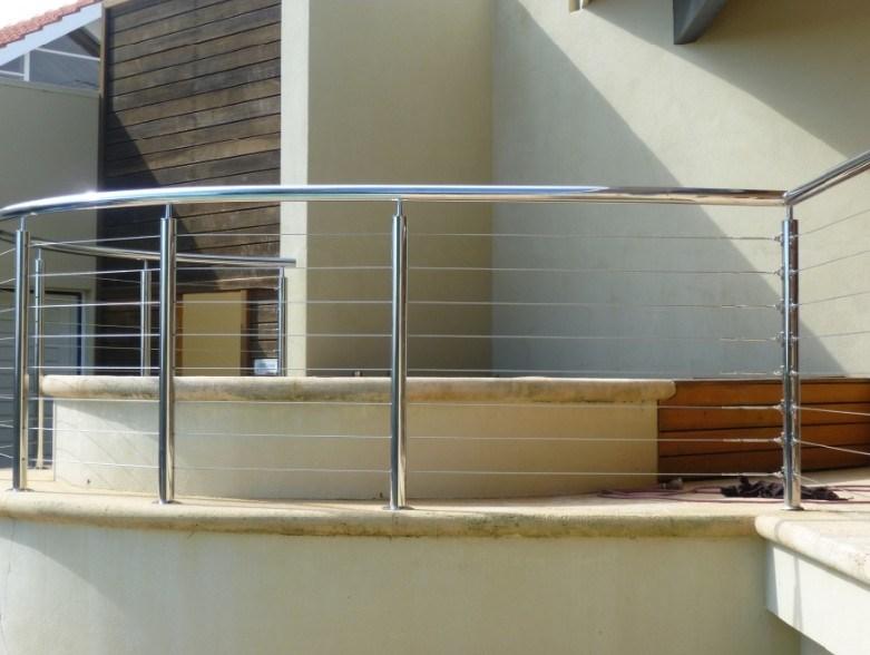 De buiten balustrade van de pijp van het staal nz j140 de buiten balustrade van de pijp van - Eigentijdse openluchttrap ...