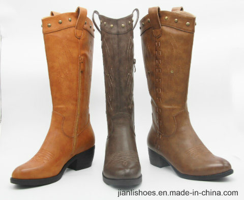 Classic England Style MID-Calf Boots with Embroidered Decoration (BT715)
