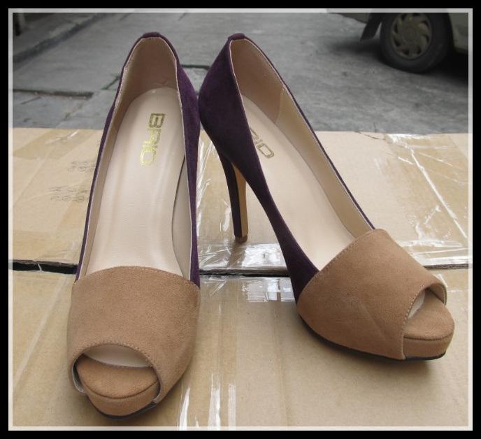 2015 Fashion High Heel Ladies Peep Toe Sandals (HCY02-1462)