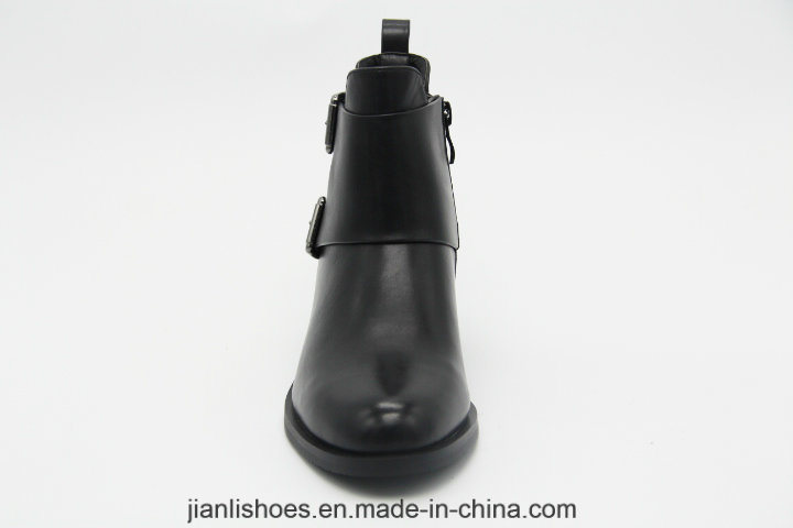 Ankle Boots Lady Shoes with Buckle and Contracted Decoration (AB658)