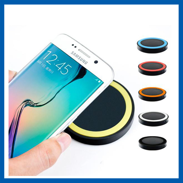 china mini qi wireless charger pad for all qi compatible smartphones china wireless charger. Black Bedroom Furniture Sets. Home Design Ideas