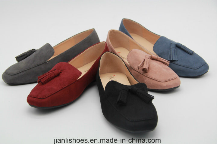 Hot Sales Lady's Flats Sandal with Tassle Decoration (FL302)