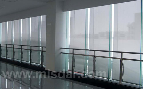 China Polyester Fabric Electrical Roller Blinds China