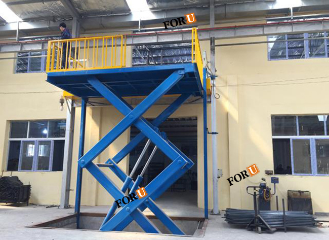 Industrial Fixed Hydraulic Scissor Cargo Lift for Building Warehouse with Ce