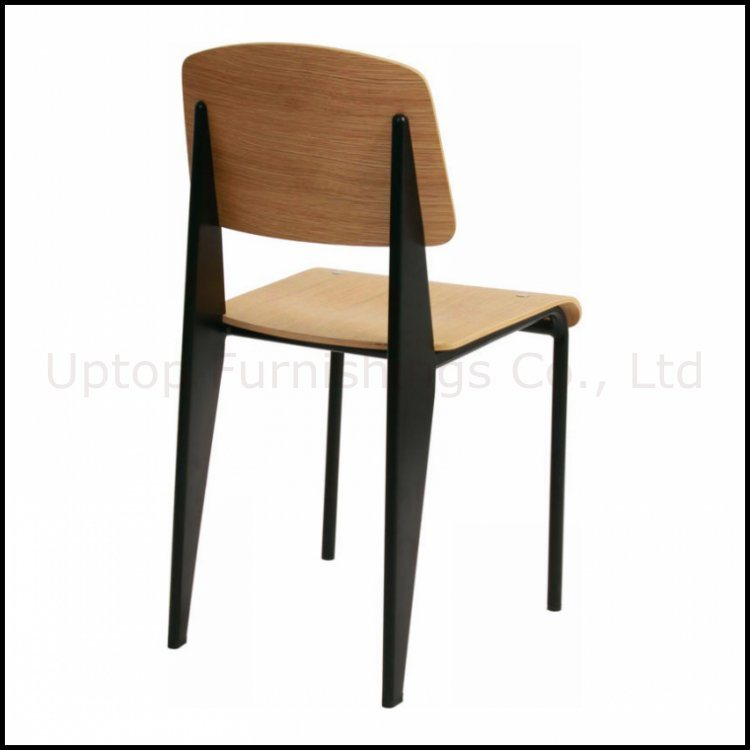 chaise standard classique sp bc336 de jean prouve de meuble reproduction chaise standard. Black Bedroom Furniture Sets. Home Design Ideas