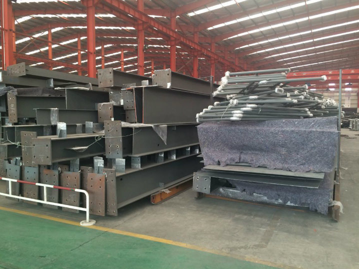 China Supplier Steel Structure Prefabricated Building (ZY357)