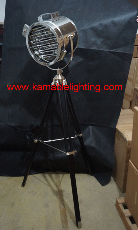 High Quality Home Tripod Floor Light (F701)