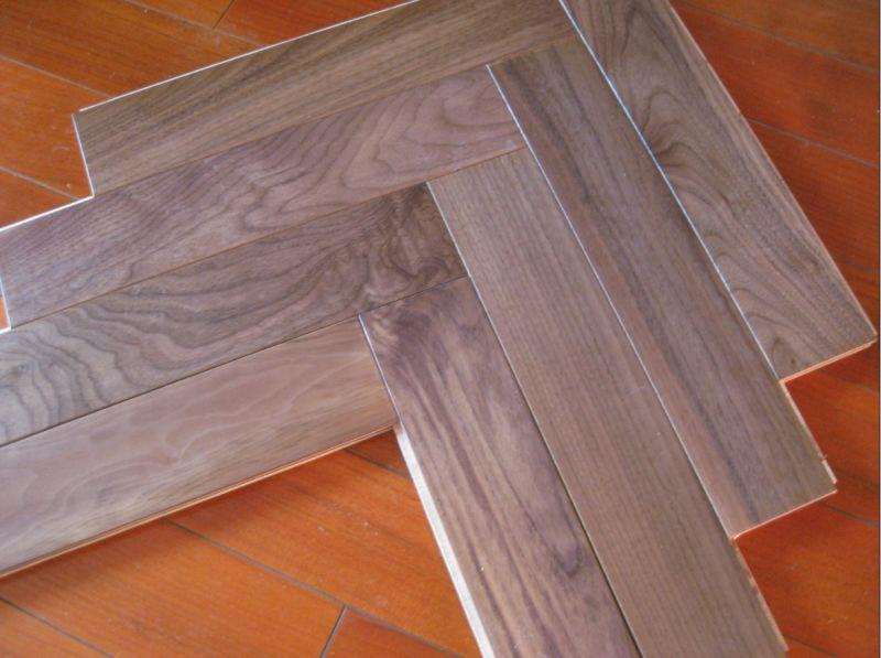 China Fishbone Oak Wood Parquet Herringbone Hardwood