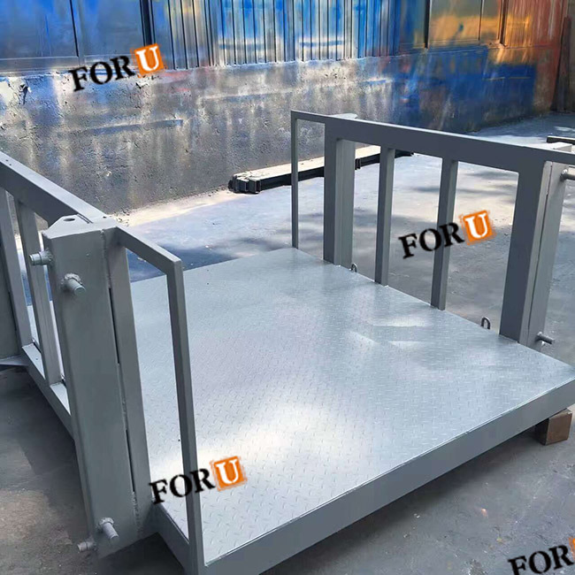 2500kg 4m Hydraulic Electric Warehouse Material Scissor Cargo Lift