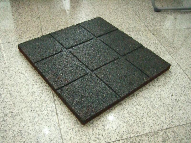 tuile en caoutchouc standard plancher en caoutchouc de. Black Bedroom Furniture Sets. Home Design Ideas