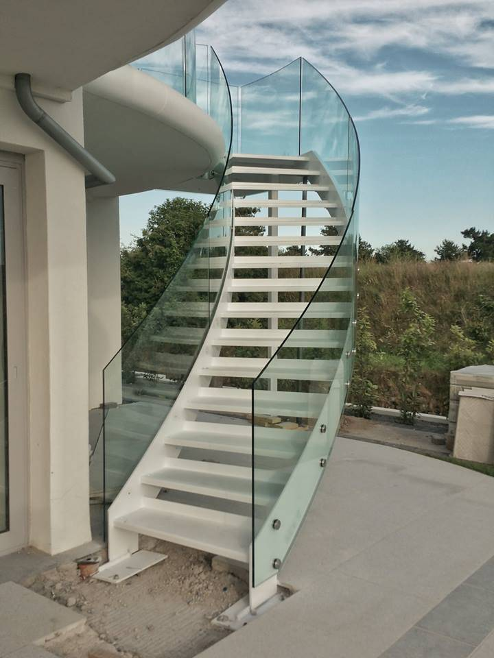 Ace Curved Staircase With Glass Stair Railing ...