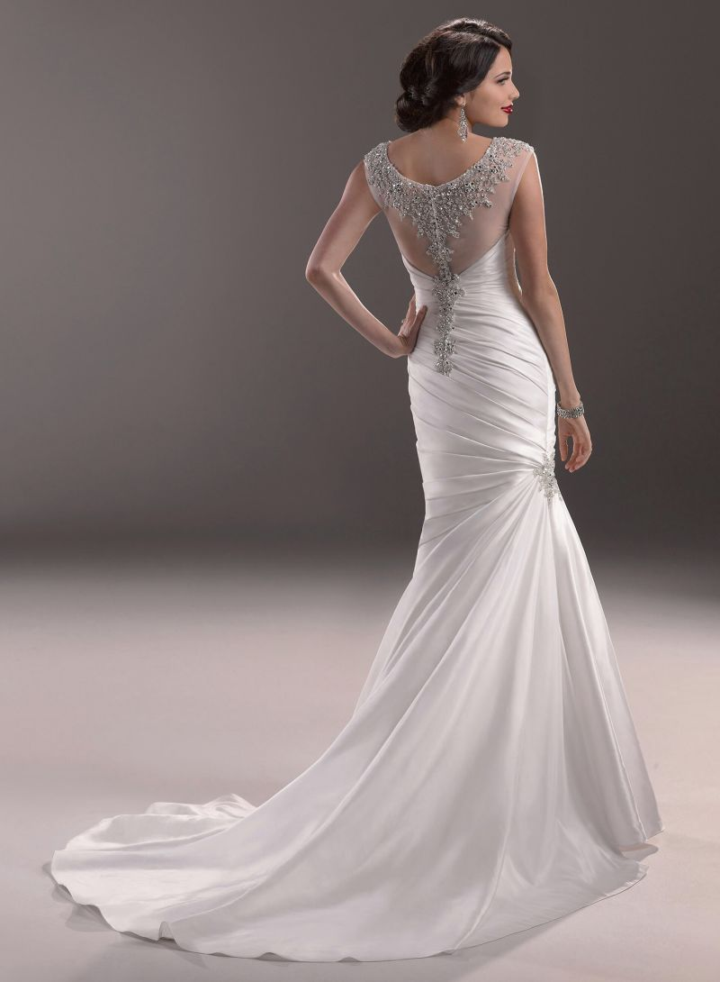 2014 Ivory Scoop Mermaid Beading Satin Bridal Wedding Dress (SCL-WD033) - China Wedding Dress, Wedding Gown