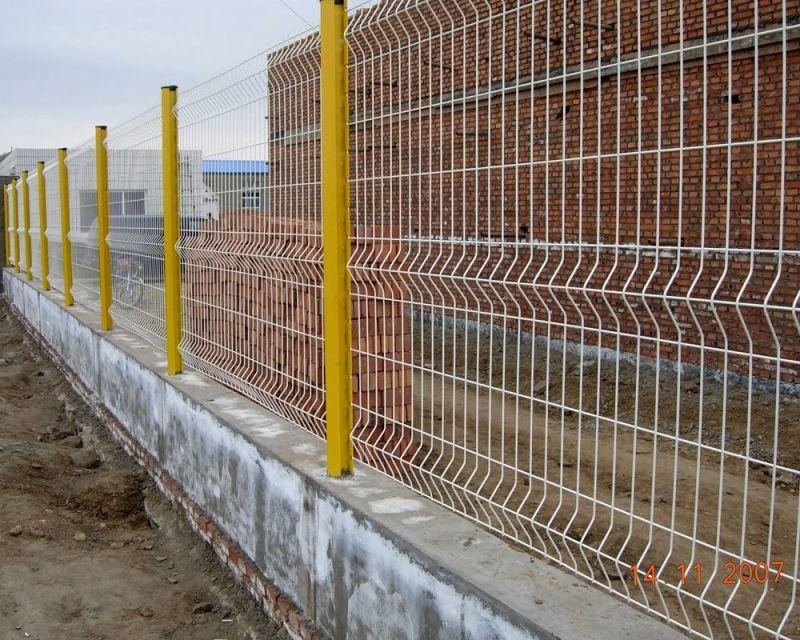 China pvc coated powder galvanized metal wire mesh