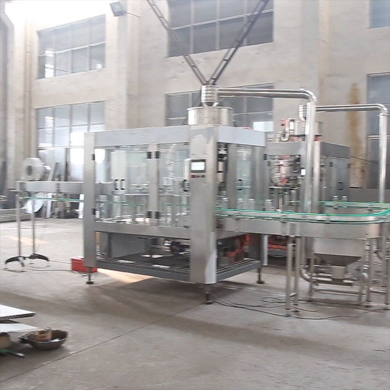 2019 Zhangjiagang Bottle Line Plant Beverage/Fruit Juice / Energy Drink Soda/Soft Drink/Water Mineral Pure Water Liquid Filling Automatic Bottling Machine pictures & photos