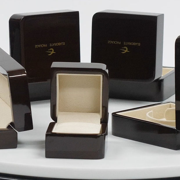 New Wooden Gift Jewelry Packing Box Customized Wood Packaging Box pictures & photos