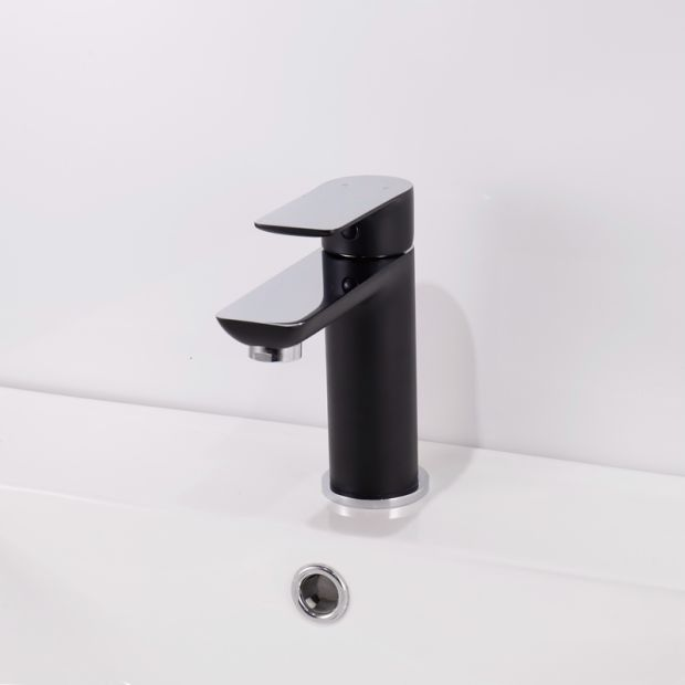 Watermark Approval Solid Brass Chrome Black Basin Faucet pictures & photos