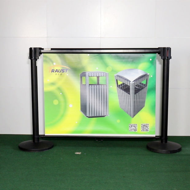 High Quality Retractable Roller Banner Stand, Roll up Banner pictures & photos