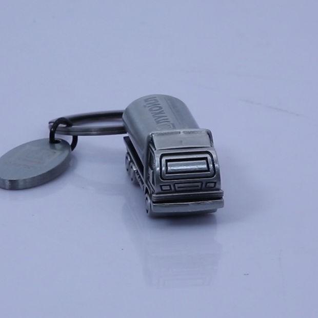 Fiat 500 key chain metal enamel car accessories key fob keyring