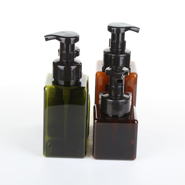 Plastic Colored Custom Foam Shampoo PETG Bottle with Cosmetic Pump pictures & photos