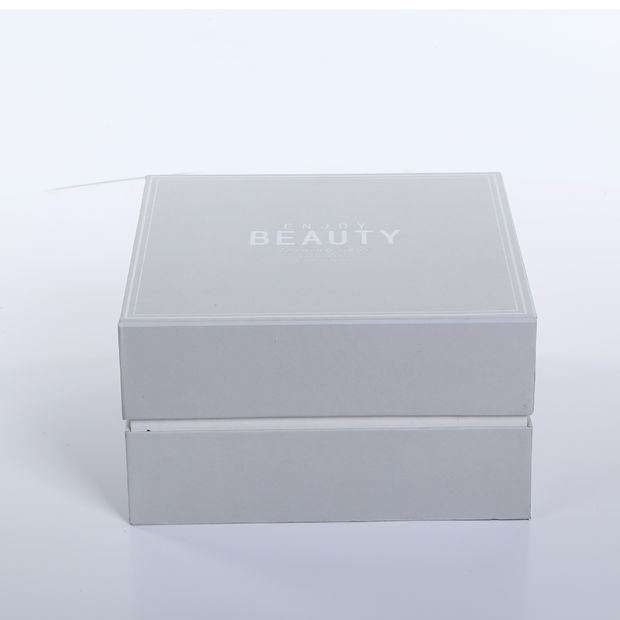 Custom Logo Printing Cosmetics Packaging Cardboard Paper Gift Box pictures & photos