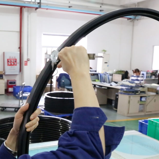 China Custom Molded Big/Large Rubber Seal Rings - China Rubber Rings ...
