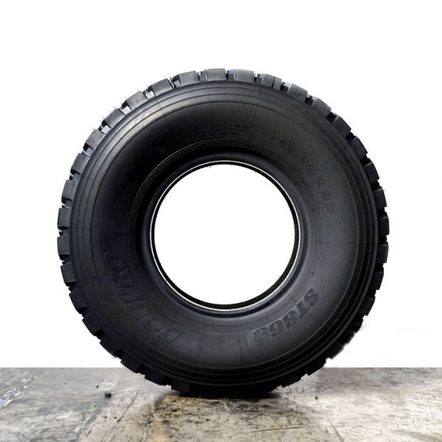 13r22.5 Dump Truck Tire, R22.5 Tire Made in China pictures & photos