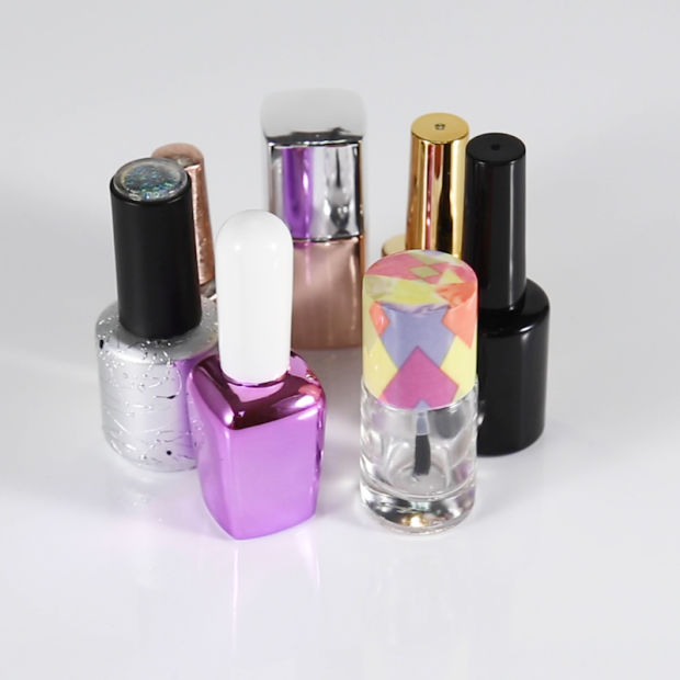 Colorful Empty Glass Nail Polish Bottle with Cap & Brush pictures & photos