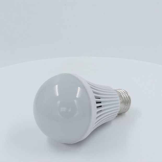 Hotsales Factory Rechargeable Bulb LED Emergency Bulb E27 B22 pictures & photos