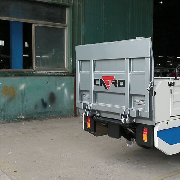 Electric Garbage Truck with Tail Gate Tipper, 1000kgs Loading Weight pictures & photos