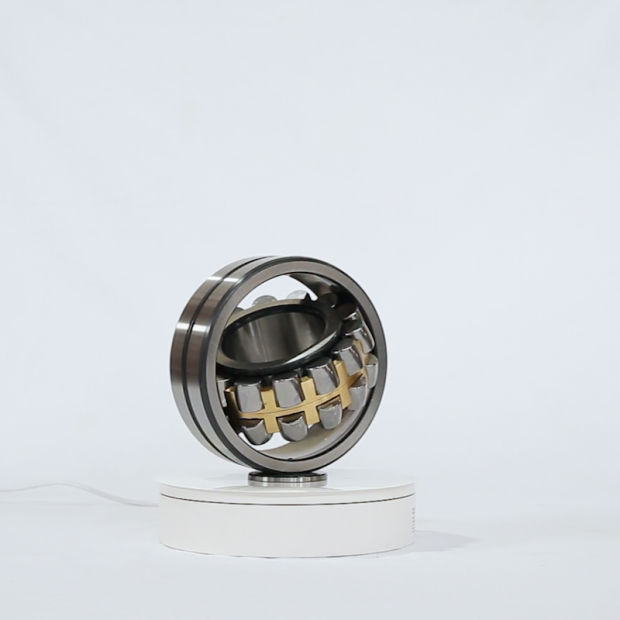 Ca/MB/Cc/Ek/K/ W33 Chrome Steel Spherical Roller Bearings with C0/C3/P0/P6/P5/P2 pictures & photos