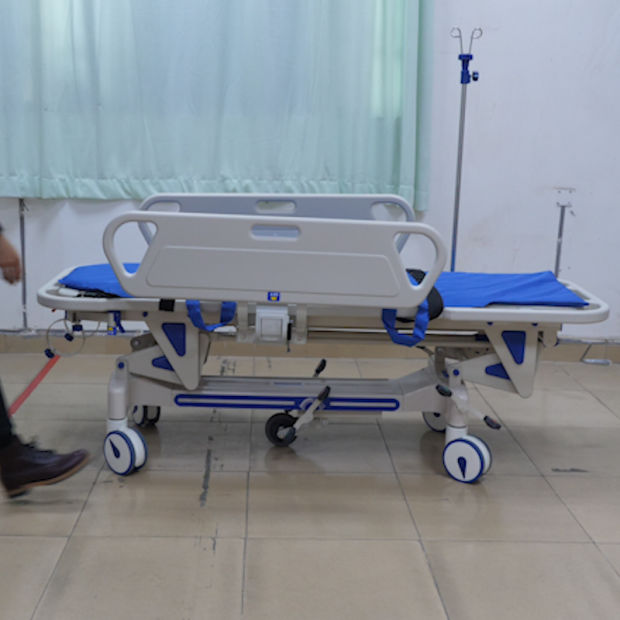 Transfer Trolley Luxurious Hydraulic Rise-and-Fall Stretcher Cart pictures & photos