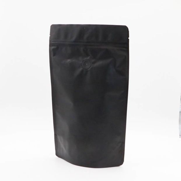 Matt Black Plastic Aluminum Foil Coffee Packaging Bag with Valve pictures & photos