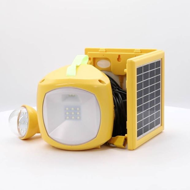 Low Cost LED Solar Light Lantern with USB for Lighting and Mobile Phone Charging pictures & photos