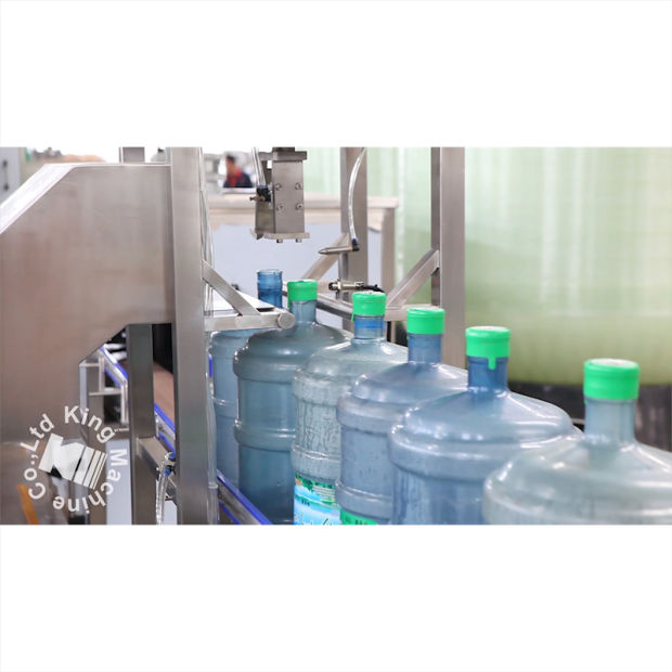 600bph 5 Gallon Water Bottle Filling and Capping Machine Production Line pictures & photos