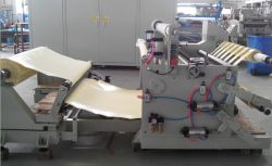 Plastic Pet, PVC, PE Film Slitting Machine with Auto Loading
