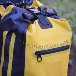 Hot Selling 30L Waterproof Dry Bag with Custom Logo for Swimming Drifting