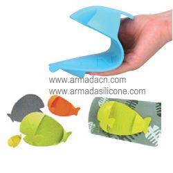 Fish Shape Silicone Oven Glove (AI-K303)