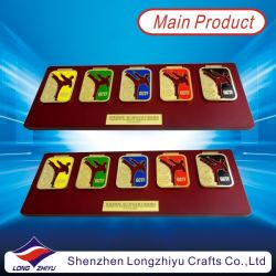 Hongkong Custom Souvenir Taekwondo Medals Stick on Wood Award Plaque Plate with Metal Rod (LZY009)