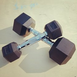 Hot Sale Sports Gym Equipments Rubber Coated Hex Dumbbell Set