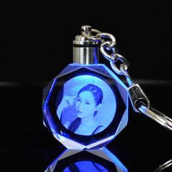 Custom Personalised Keyrings Engraved 3D Laser Photo Crystal Keychain for Gift
