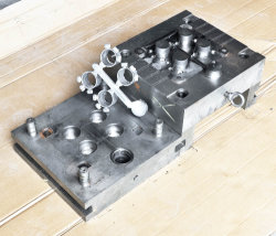 Professional and Precision Aluminum Die Casting Mold
