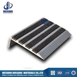 Anti Slip Concrete Tile Aluminum Carborundum Stair Nosing