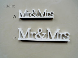 Wedding Wood Layout Creative Kiss Decoration