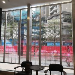 Commerical Advertising LED Video Wall P3.91-7.81mm Transparent Glass Display