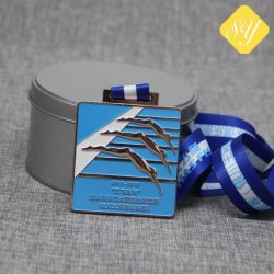 Wholesale Best Quality Custom Snowflake Bottle Opener Sports Enamel Metal Medal