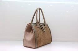 Classic Lady's PU Handbag with Big Capacity Semi Fixed Bag Good Raw Material Excellent Workmanship Fast Delivery Time Best Service