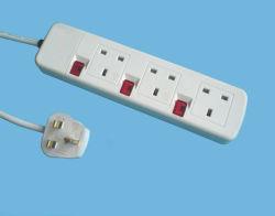 4 Way UK British Electrical Switched Power Extension Socket