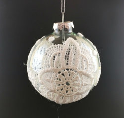 Christmas Ornament with Glass Ball on Tree (LCP-A-0002)