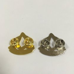 New Special Design Hands Shape Gold Silver Lapel Pins (bd-011)