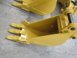 Mini Cat305 Excavator Standard Bucket with Pins